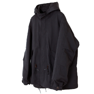 FISHTAIL SHORT PARKA [BLACK]